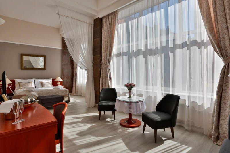 neocard.cz_hotelbelvedereprague_cz_02