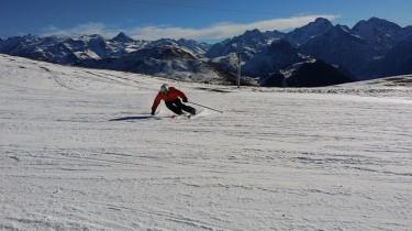 ski-1075456_640 (1)