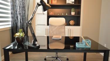 office-1078869_1280-1