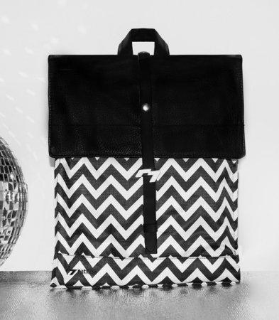 Městský batoh Black and White, foto: Pinkypop.cz